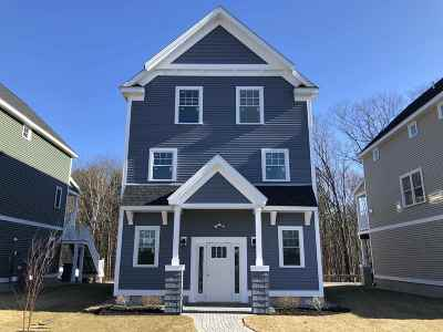 Kittery Condo/Townhouse For Sale: 36 Landmark Hill Lane #Unit 4