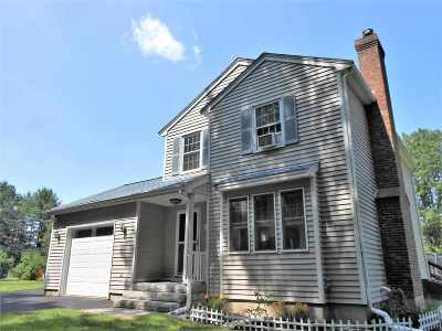 Strafford County Single Family Home For Sale: 19 Littleworth Road