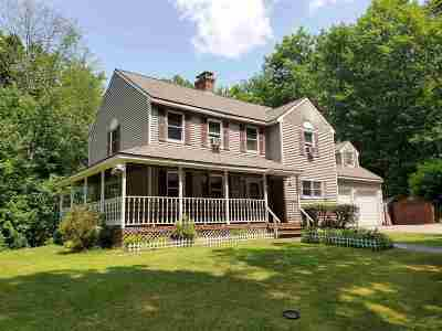 Hooksett Single Family Home For Sale: 95 Mammoth Road