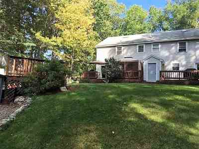 Derry Single Family Home For Sale: 54 Conleys Grove Road #R