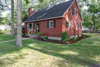 Merrimack Single Family Home For Sale: 22 Souhegan Drive