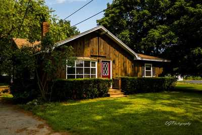 Dover Single Family Home For Sale: 33 Old Rochester Road