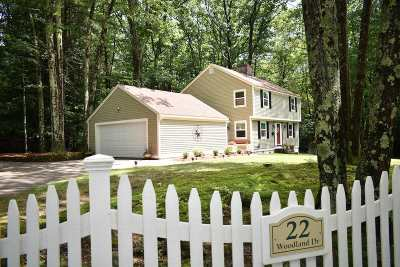 Amherst Single Family Home For Sale: 22 Woodland Drive
