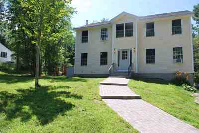 Strafford County Single Family Home For Sale: 147 Berry Road