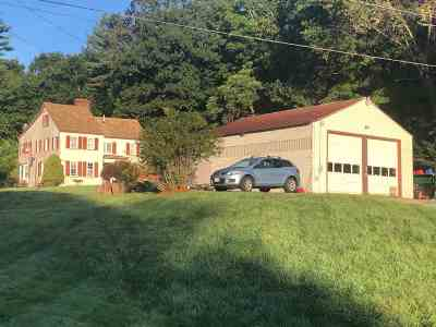 Derry Single Family Home For Sale: 224 Hampstead Rd