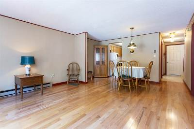 Dover Condo/Townhouse For Sale: 56 Durham Road #54