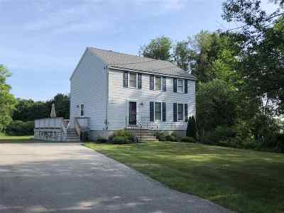 Derry Single Family Home For Sale: 27 Windham Depot Road