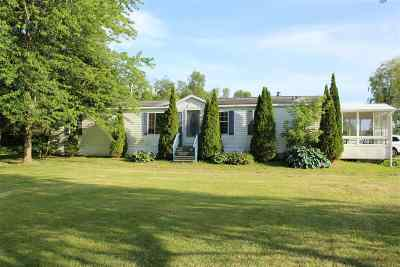 Grand Isle County Single Family Home For Sale: 31 Moccasin Avenue