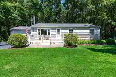 Dover Single Family Home For Sale: 19 Strafford Road