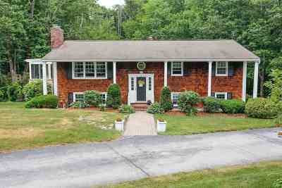 Bedford Single Family Home For Sale: 16 South Hills Drive