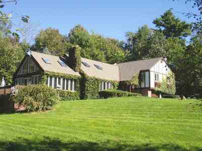 Pelham Single Family Home For Sale: 272 Old Gage Hill Road