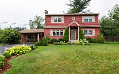 Nashua Single Family Home For Sale: 4 Quinton Drive