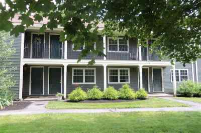 Dover Condo/Townhouse For Sale: 40 Cricket Brook #40