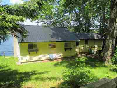 Nottingham Single Family Home For Sale: 18 North River Lake Road