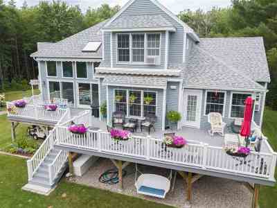 Moultonborough Single Family Home For Sale: 64 Winaukee Road