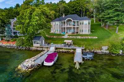 Gilford Single Family Home For Sale: 200 Edgewater Drive