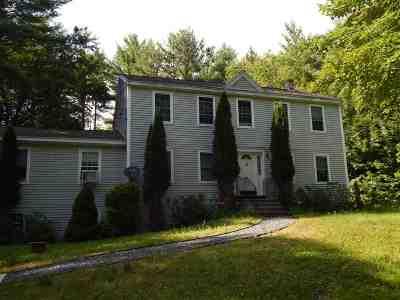 Newbury Single Family Home For Sale: 26 Alpine Circle