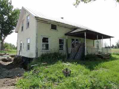 Single Family Home For Sale: 3693 Berkshire Center Road