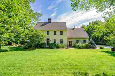 New Boston Single Family Home For Sale: 29 Carriage Road
