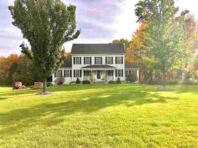 Weare Single Family Home For Sale: 62 Holly Hill Farm Road