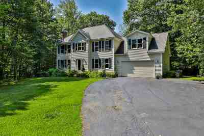 Bedford Single Family Home For Sale: 6 Normand Circle