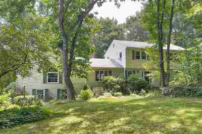 Bedford Single Family Home For Sale: 29 Old Sawmill Road