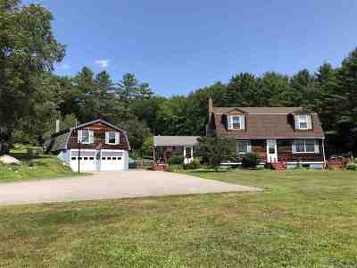 Alexandria Single Family Home For Sale: 90 Gordon Hill Road