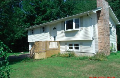 Colchester Single Family Home For Sale: 145 Belwood Avenue