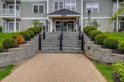 Exeter Condo/Townhouse Active Under Contract: 5 Sterling Hill Lane #526