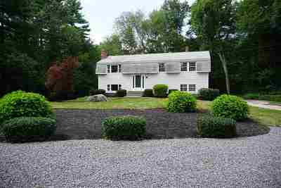 Londonderry Single Family Home For Sale: 12 Westwood Drive