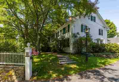 Single Family Home For Sale: 32 Hampton Road