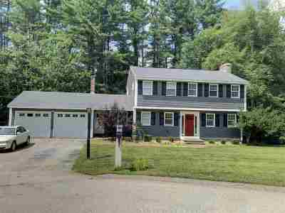 Bedford Single Family Home For Sale: 19 Presidential Road
