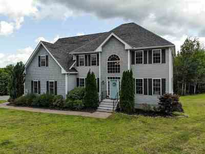 Loudon Single Family Home For Sale: 122 Greenview Drive