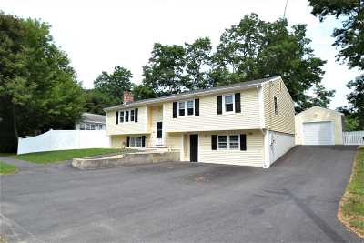 Nashua Single Family Home Active Under Contract: 4 Waltham Drive