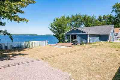 Colchester Single Family Home For Sale: 335 East Lakeshore Drive