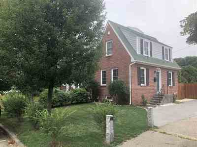 Portsmouth NH Single Family Home For Sale: $324,900