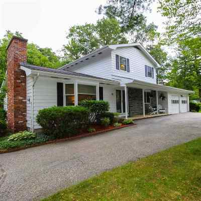 Essex Single Family Home For Sale: 18 Forest Road
