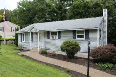 Merrimack Single Family Home For Sale: 43 Belmont Drive