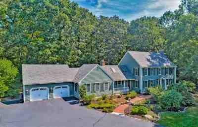 Concord Single Family Home For Sale: 3 Ridgewood Lane