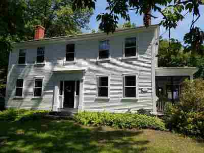 Hampstead Single Family Home Active Under Contract: 265 Main Street