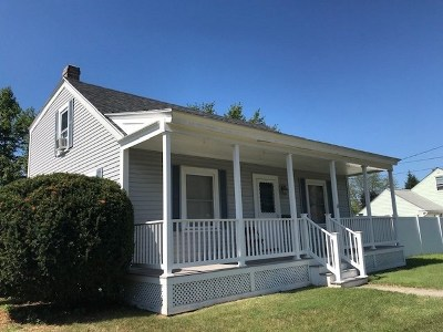 Nashua Single Family Home For Sale: 49 E Dunstable Road