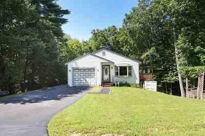 Sandown Single Family Home For Sale: 48 Eastfield Loop