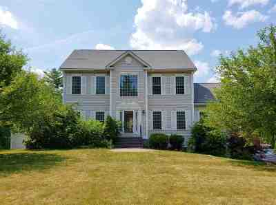Bedford Single Family Home Active Under Contract: 2 Duck Hollow Road