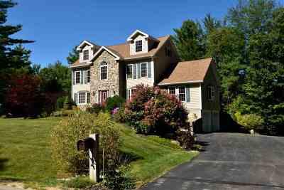 Alton Single Family Home For Sale: 10 Arianna Drive