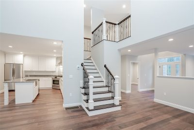 Dunbarton Single Family Home For Sale: 8 White Tail Court