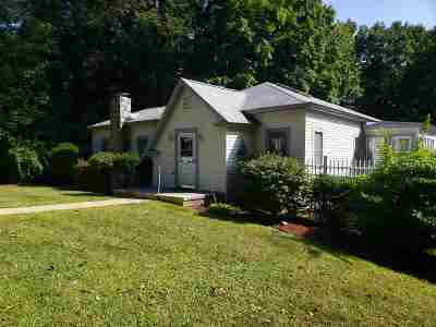 Hooksett NH Single Family Home Active Under Contract: $169,900