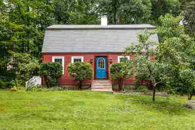 Derry Single Family Home Active Under Contract: 6 Pingree Hill Road