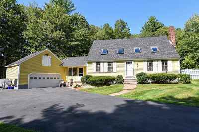 Hampstead Single Family Home For Sale: 13 Pinewood Drive