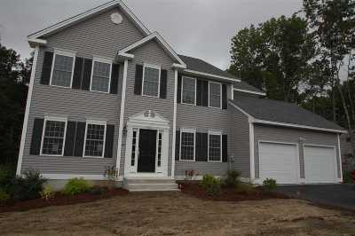 Hooksett NH Single Family Home For Sale: $475,900