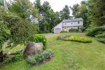 Merrimack Single Family Home For Sale: 1 Hassell Road
